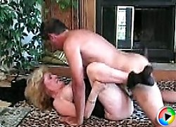Slutty old babe gets nailed