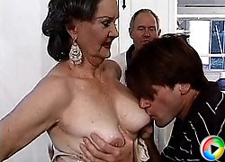 Old slut gets her tits licked
