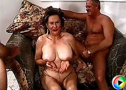 Young guy banging granny pussy