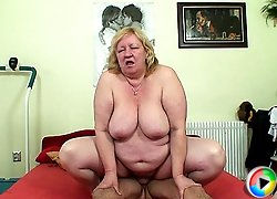She needs the young stud to fuck her with his big cock and he can deliver that good sex